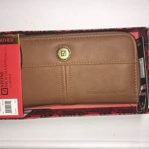 Stone Mountain women's wallet, phone case